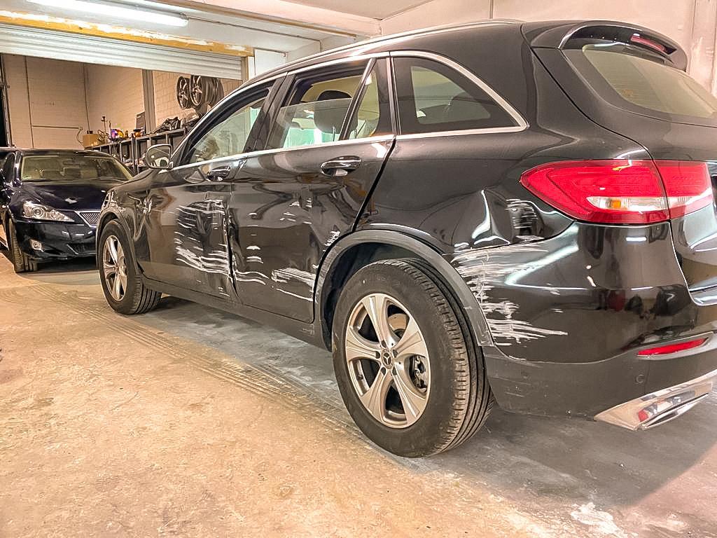 Mercedes GLC Totalshaden